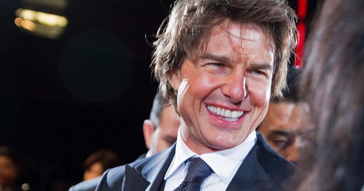 Tom Cruise confirms tw...