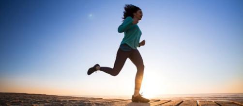 L'esercizio fisico moderato aiuta a tenere sotto controllo la glicemia e riduce il rischio di diabete. (Canva)