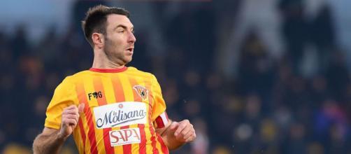 Lucioni, difensore del Lecce. - chicagotribune.com