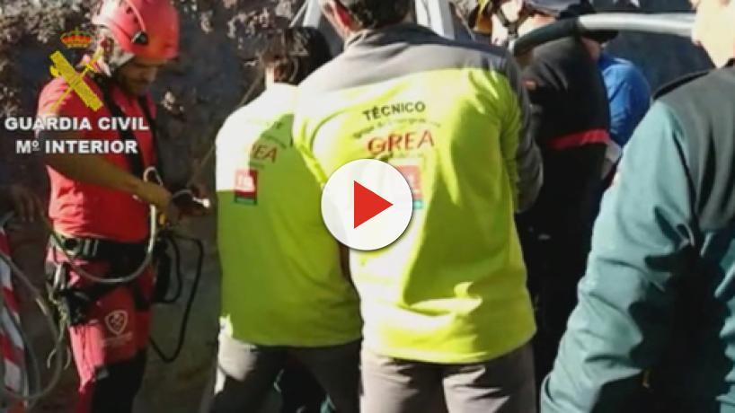 Spagna, Julien intrappolato sotto terra: fallito tentativo di salvarlo ma si spera ancora