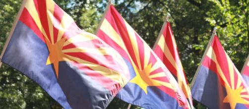 A series of Arizona state flags, which can often be seen at state properties. [Image credit - NiksWebDesignAz - Pixabay]