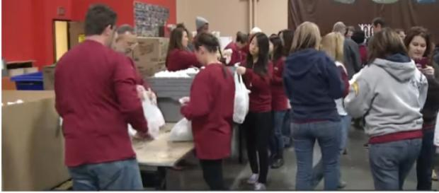 Vegas food bank, utility companies assist federal workers during gov't shutdown. [Image source/KTNV Channel 13 Las Vegas YouTube video]