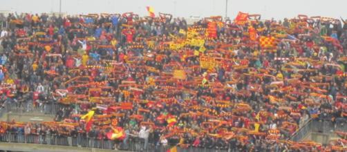 File:Lecce Curva Nord Stadio Via del ... - wikipedia.org