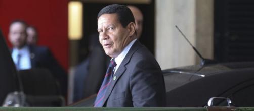 Mourão critica MP do Rio no caso de Flávio Bolsonaro - (Foto : Antonio Cruz/Agência Brasil)