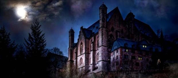 Take a haunted tour of the world to hear things go bump in the night. [Image Pixabay]