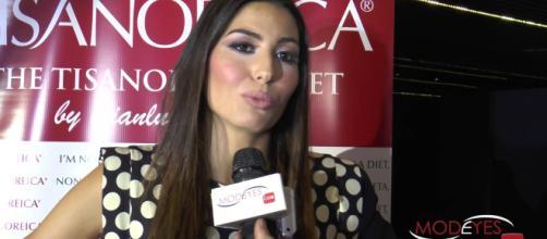Elisabetta Gregoraci piange in tv: parla della madre morta e la voglia del secondo figlio