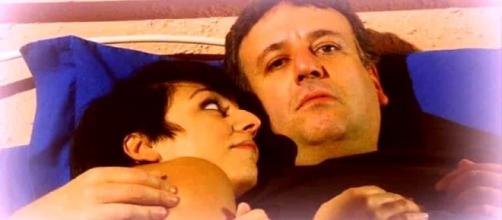 Un posto al sole, anticipazioni dal 7 all'11 gennaio: Mariella e Guido sempre più vicini.