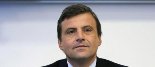 Carlo Calenda si schiera con George Soros e fa infuriare Diego Fusaro