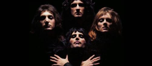 I Queen in una sequenza del video di Bohemian Rhapsody