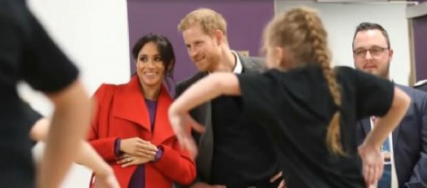 Meghan Markle says Prince Harry will be 'fantastic dad' and she's 'thrilled' about royal baby. [Image source/TV News 24h YouTube video]