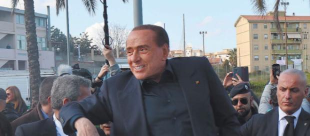Silvio Berlusconi in Sardegna per la campagna elettorale.