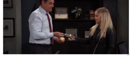 Ryan loses vision after stabbing Lulu. [Image Source: General Hospital World Wide: Voice of the fans/YouTube]