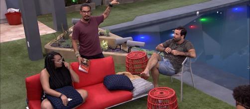 Desentendimento acaba com a brincadeira (Foto: TV Globo)