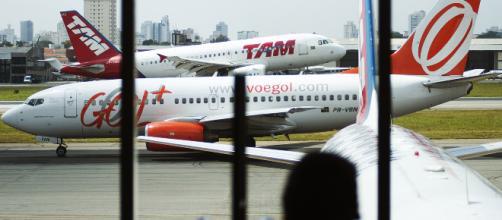 É possível comprar passagens aéreas mais baratas. (Reprodução)
