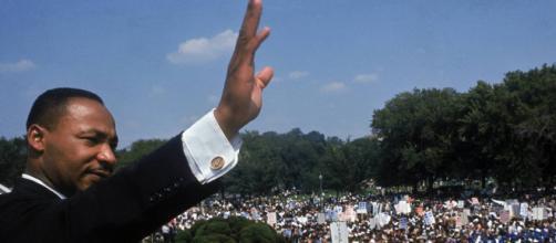 Martin Luther King em discurso histórico (Arquivo Blasting News)
