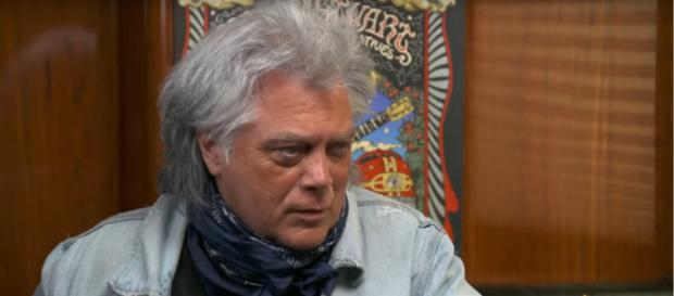 Marty Stuart feels preserving and promoting the 'culture of country music' as a life mission. [Image source:CBS SundayMorning]