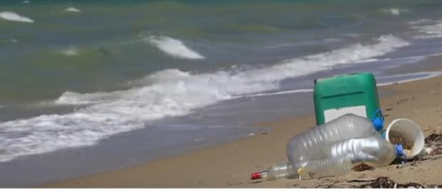 Plastic pollution crisis: How waste ends up in our oceans. [Image source/Global News YouTube video]