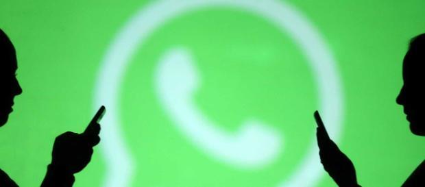 WhatsApp limita reenvios de mensagens a 5 destinatários (Blastingnews)