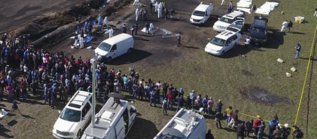 Aumentan cifras fatales por explosión de ducto de Pemex. - vtactual.com