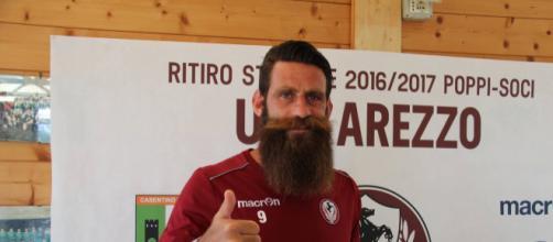 Arezzo-Pisa, l'ex Davide Moscardelli affronta l'Arezzo da capitano nerazzurro.