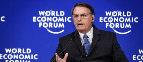 Bolsonaro discursa no Fórum Econômico Mundial, em Davos. (Foto: Fabrice Coffrini/AFP)