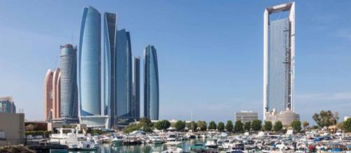 Massimo Sacco arrestato a marzo ad Abu Dhabi chiede aiuto alla radio.
