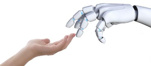 Umani o umanoidi, intelligenze a confronto