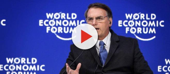Discurso de Bolsonaro em Davos gera críticas da imprensa e interesse de investidores