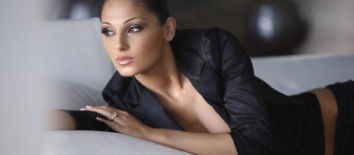 Anna Tatangelo canterà la crisi con Gigi D'Alessio