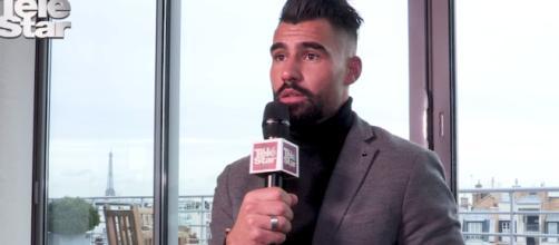 Lors d'une interview accordée à Télé Star, Jonathan explique qu'il a choisi de faire de la télé plutôt que d'avoir une carrière dans le sport.