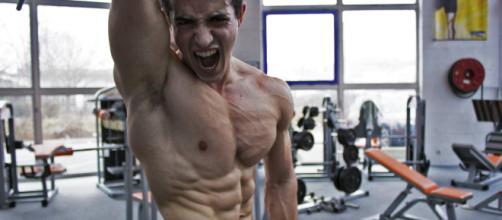 Pas besoin d'être aussi muscué que Tibo inshape sur le forum ... - jeuxvideo.com