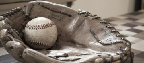 A baseball and glove, similar to what has been used at Miller Park. [Image via lsauvage - Pixabay]