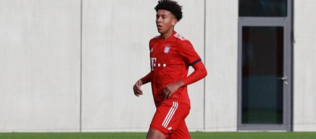 Bundesliga: Bayern München verpflichtet US-Talent fest - t-online.de