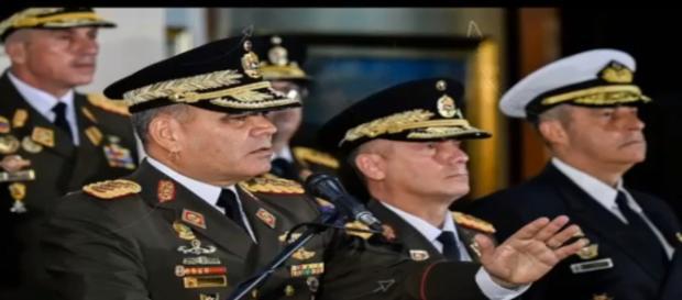 The military supports Madura. Photo- (Image credit-screenshot-Paparazzi news/ youtube.com)