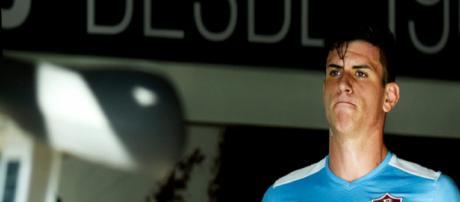 Roger Ibañez deixa o Flu e acerta com o Atalanta (Foto: Reprodução/Fluminense F.C.)