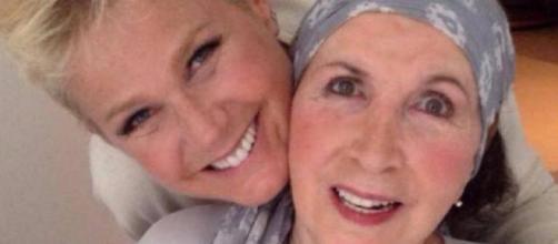 Xuxa e mãe (Reprodução Instagram)