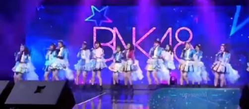 Southeast Asia 48 Group Live Performance - JKT48, BNK48, MNL48. [Image source/Mumu nono YouTube video]