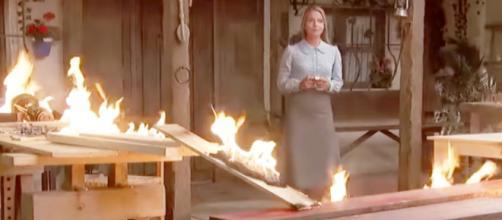Trame Il Segreto: Antolina dà fuoco al lavoro di Isaac per vendetta