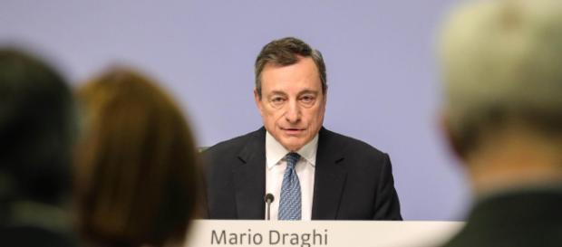 Mario Draghi parla di sovranità monetaria e signoraggio davanti alla commissione per gli Affari economici Ue