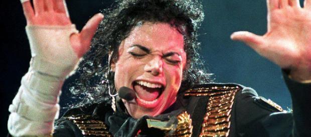 Michael Jackson, star de la pop ou pédophile, une image posthume en demi-teinte