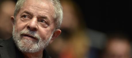 Lula pede para ir ao enterro do irmão Vavá (Reprodução)