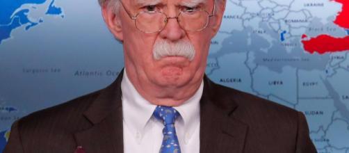 """5000 soldats en Colombie"""" : John Bolton dévoile ses notes et intrigue - parismatch.com"""