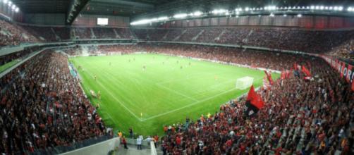 Arena da Baixada vai receber o clássico entre Athletico e Coritiba, nesta quarta, pelo Paranaense (Divulgação)