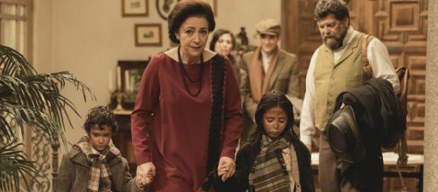 Il Segreto anticipazioni spagnole: Esperanza e Beltran con Francisca