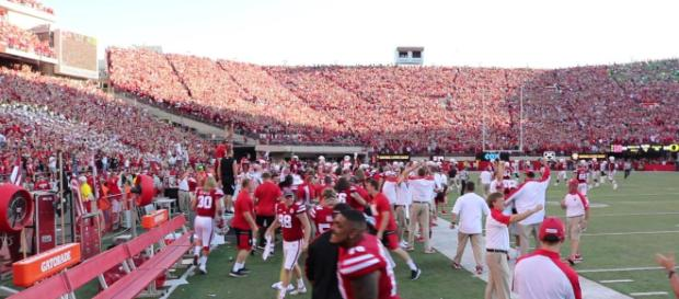 Nebraska football could steal receiver from Iowa [Image via Kevin Thomas/YouTube]