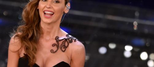 Anna Tatangelo parla del rapporto con Gigi D'Alessio su Chi