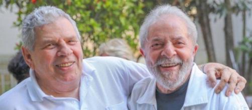 Lula ao lado de seu irmão, Vavá. (Ricardo Stuckert/Instituto Lula)