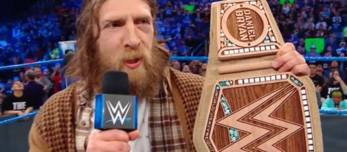 Daniel Bryan debuted his new WWE Championship belt on the latest SmackDown Live show. [Image via WWE/YouTube screencap]