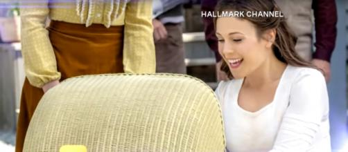 Erin Krakow has just one baby son on When Calls the Heart, but two little co-stars. [Image source-Entertainment Tonight-YouTube]