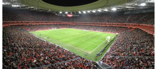 Aspecto del Estadio San Mamés durante el partido de fútbol femenino Atletic - Atlético